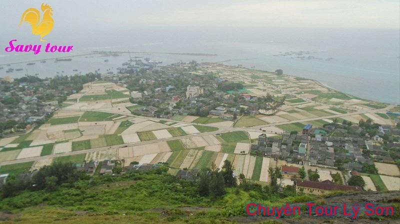 Đảo Lý Sơn nhìn từ đỉnh núi Thới Lớii