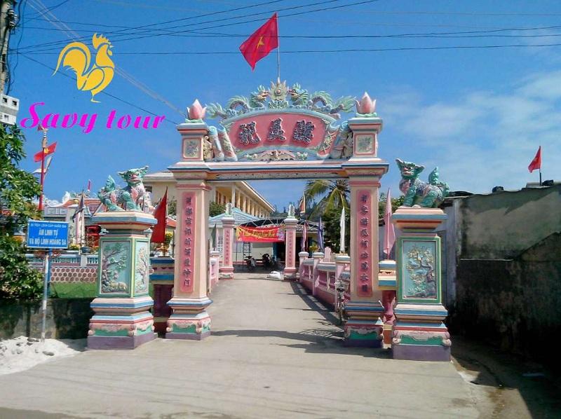 Cổng Âm Linh Tự
